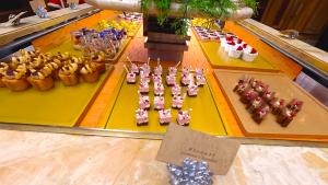 【くま】リッツカールトン大阪アフタヌーンティー!クリスマステディベアティーパーティー【ブログ】スィーツエリア ケーキ2