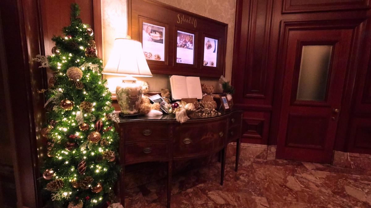 【くま】リッツカールトン大阪アフタヌーンティー!クリスマステディベアティーパーティー【ブログ】ホテル内の様子 入り口