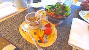 【沖縄・ANAインターコンチネンタル万座】クラブラウンジ 朝食  サラダ