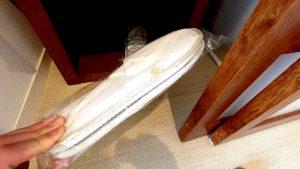 【大浴場もプールも!】沖縄ANAインターコンチネンタル万座クラブルーム・ラウンジ・朝食レポ  スリッパ